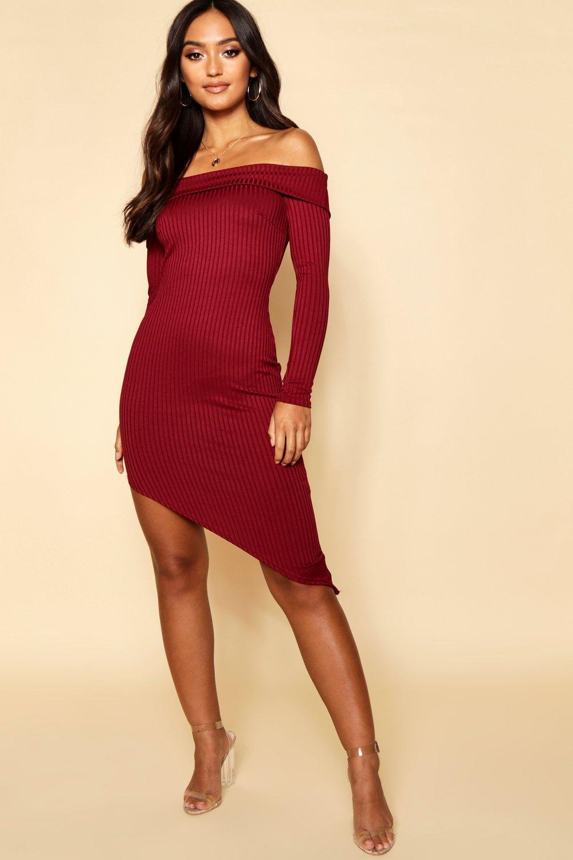e2ab19d97c3aa Boohoo. Women s Red Petite Jumbo Rib Off The Shoulder Curve Hem Midi Dress
