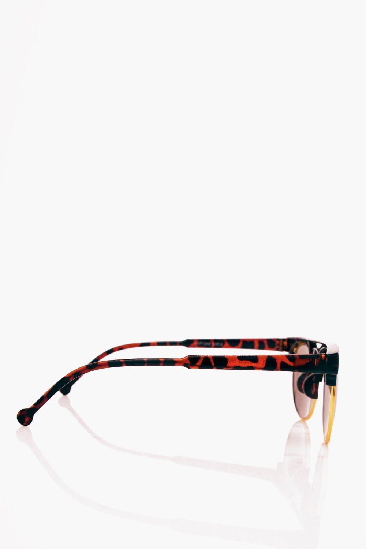 Boohoo Blue Lense Tortoise Shell Sunglasses in Brown