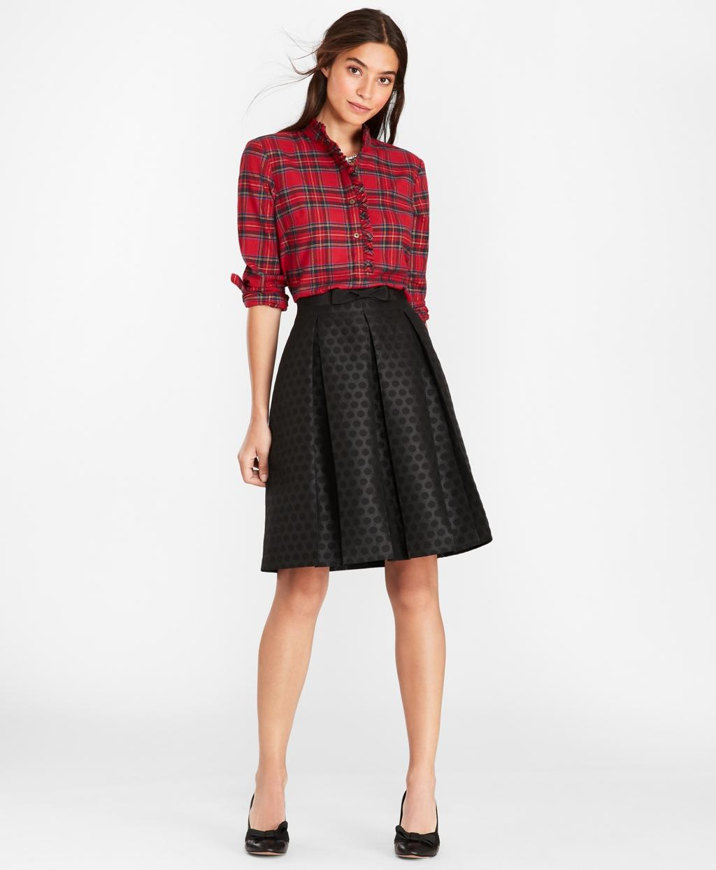 7b6e46cd5 Lyst - Brooks Brothers Polka-dot Jacquard Pleated Skirt in Black - Save 25%
