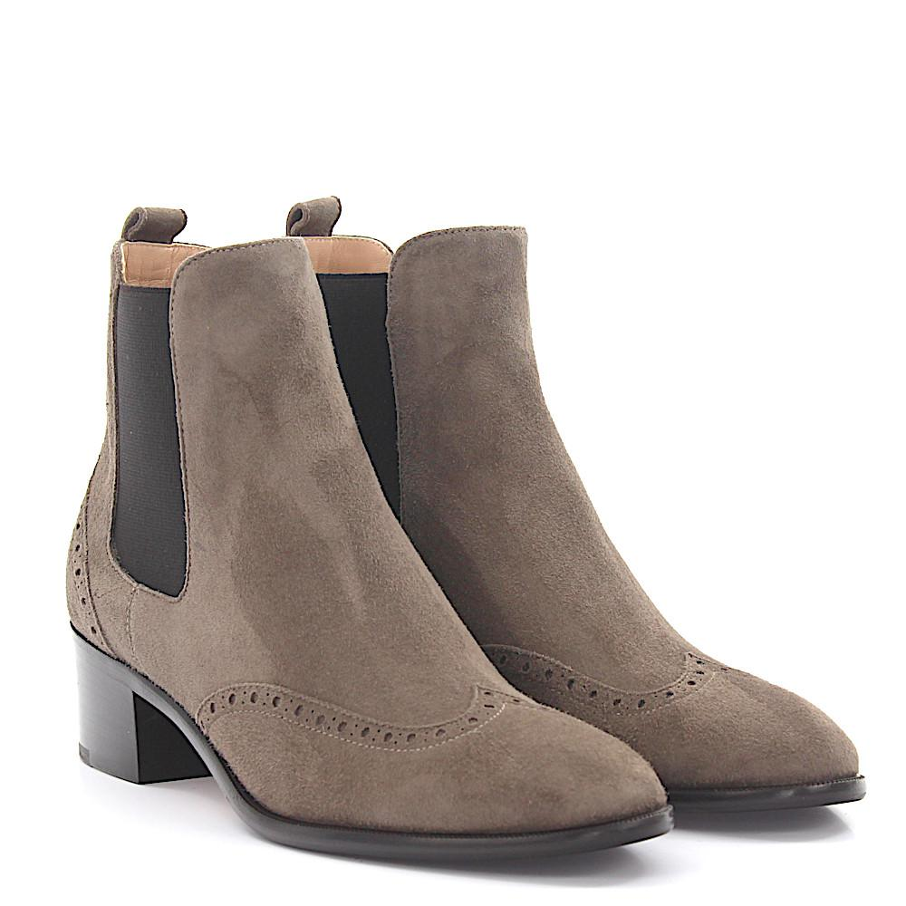 UNüTZER Ankle boots calfskin Decorative buckle 0mW2TYRiX8
