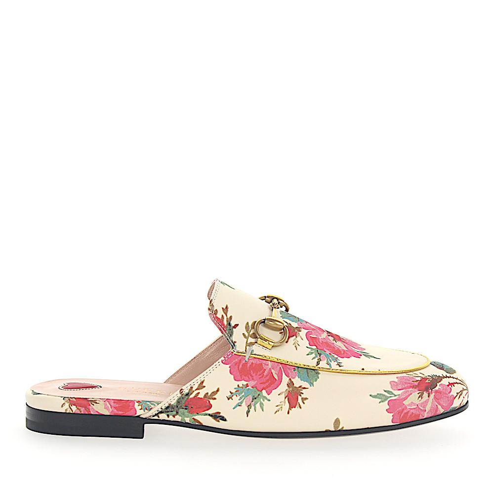 e8d096fdeb5 Gucci. Women s White Slipper Princetown Leather Beige Roses Print Horsebit -detail