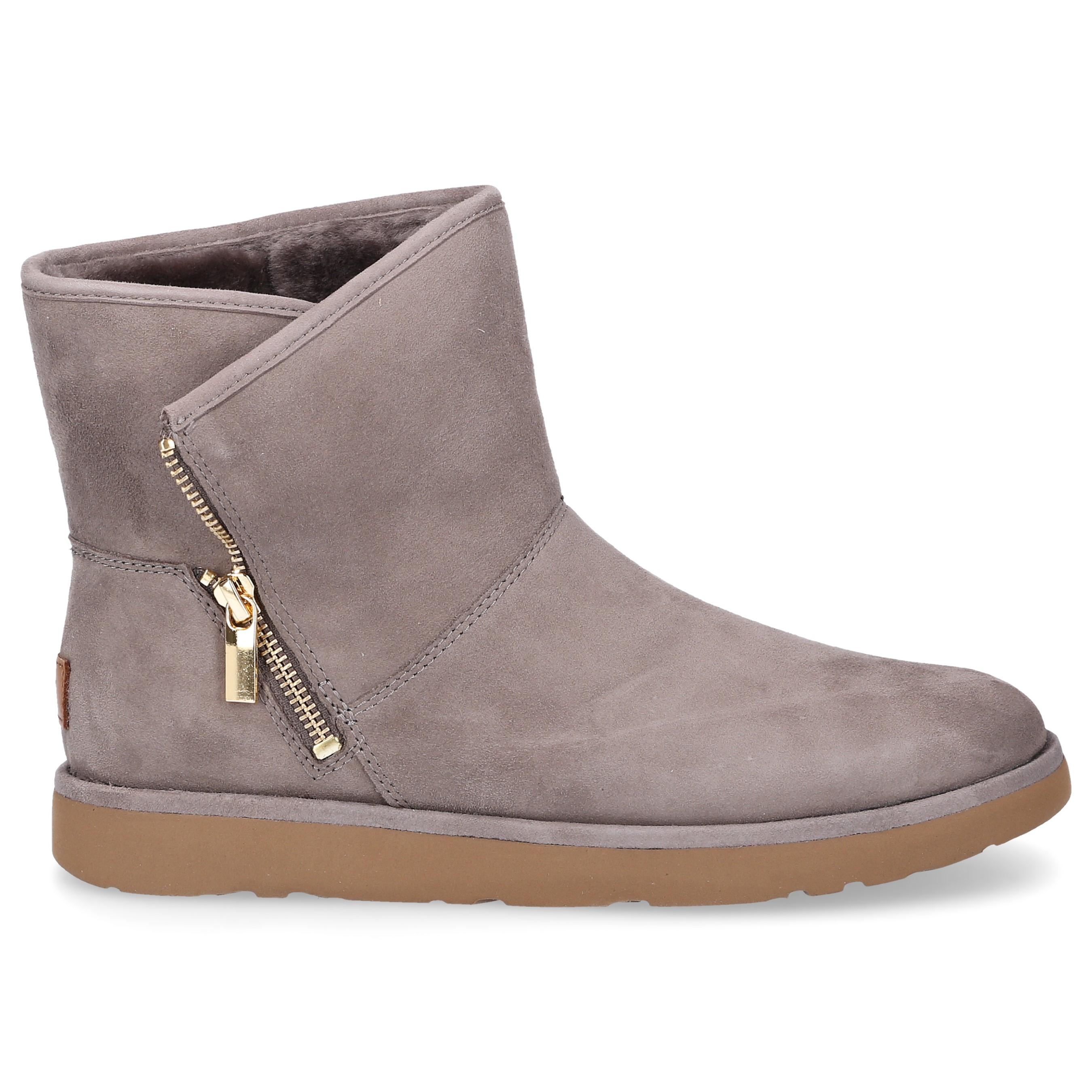 f54a2455283 Lyst - UGG Ankle Boots Kip Suede Logo Taupe in Gray
