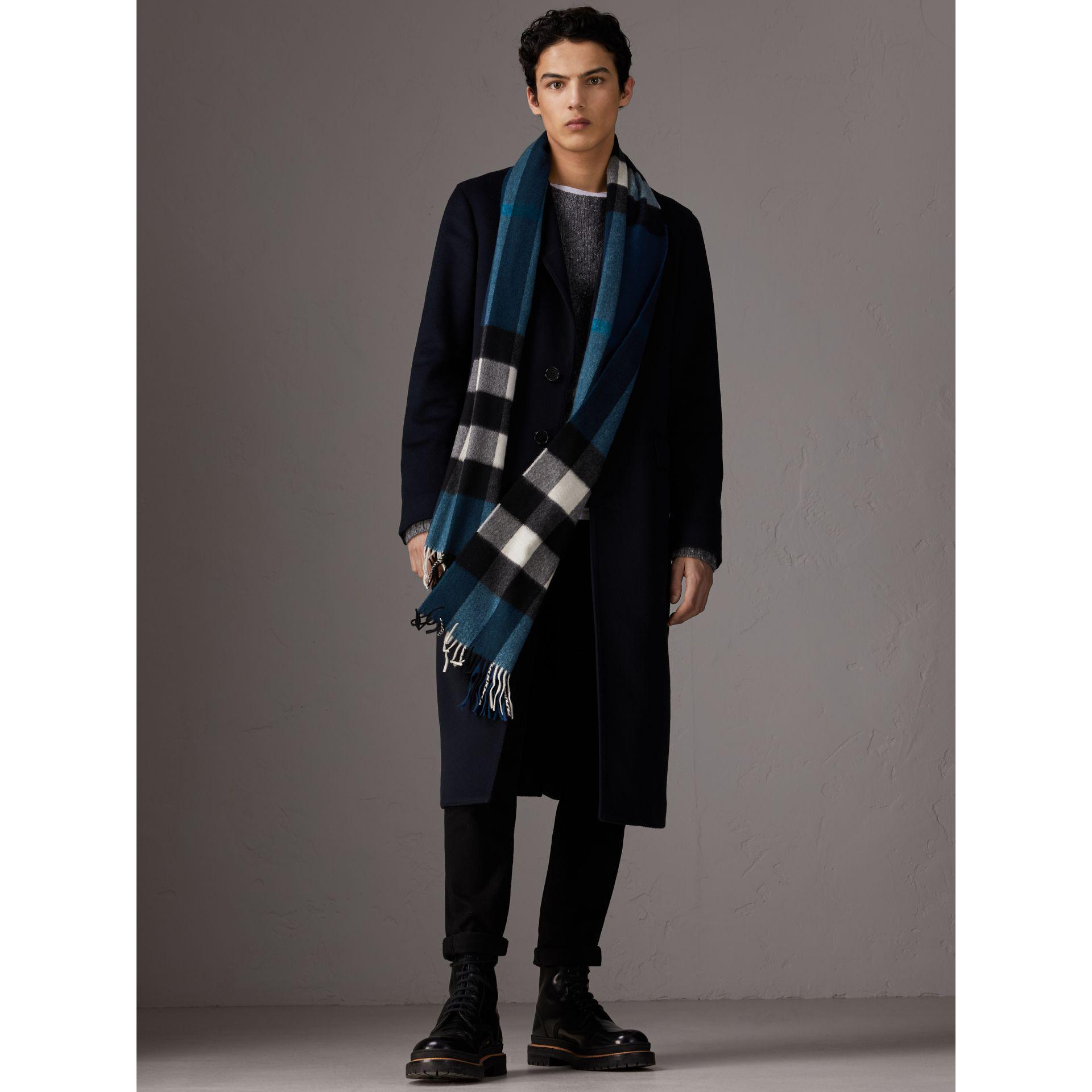 Burberry The Large Classic Cashmere Scarf In Check Marine Blue Lyst