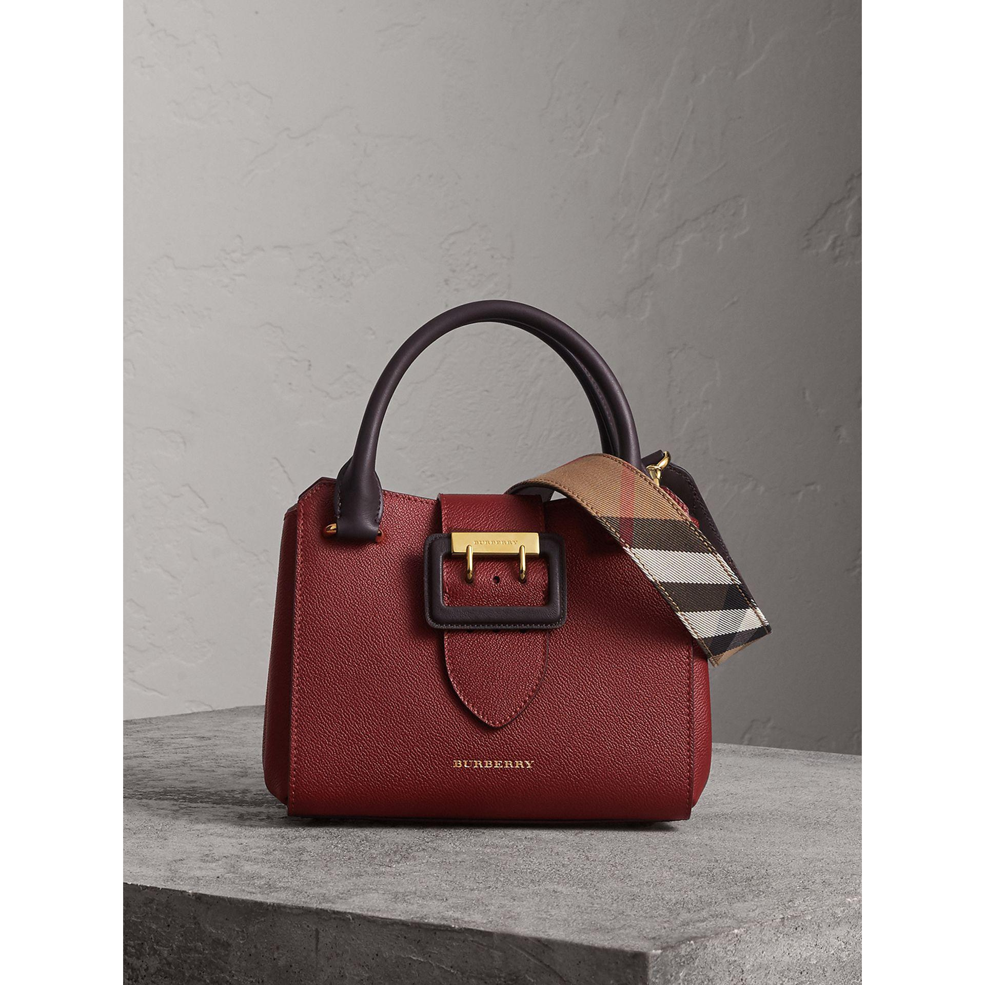 b878eeb6cda5 Burberry The Small Buckle Tote In Two-tone Leather - Lyst