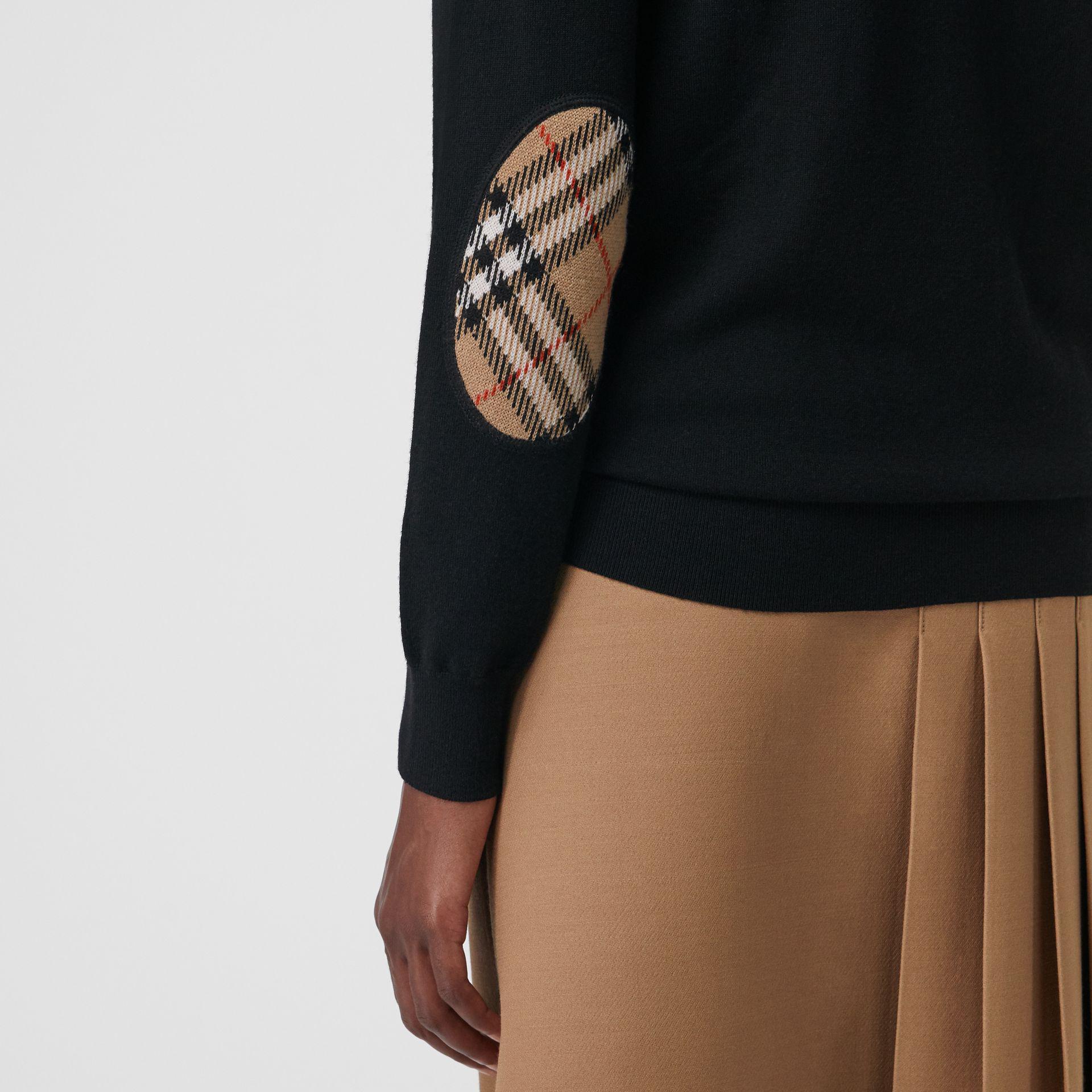 4330dc3136d Lyst In Merino Check Wool Vintage Detail Black Sweater Burberry Cq8Yn