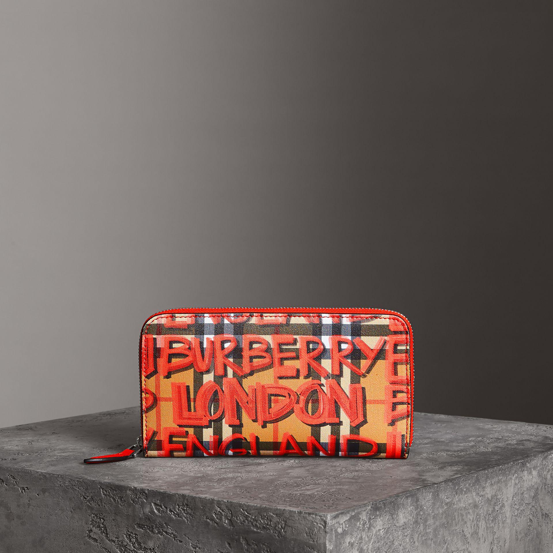 Burberry Graffiti Print Vintage Check Leather Ziparound Wallet AR6oqrGKc