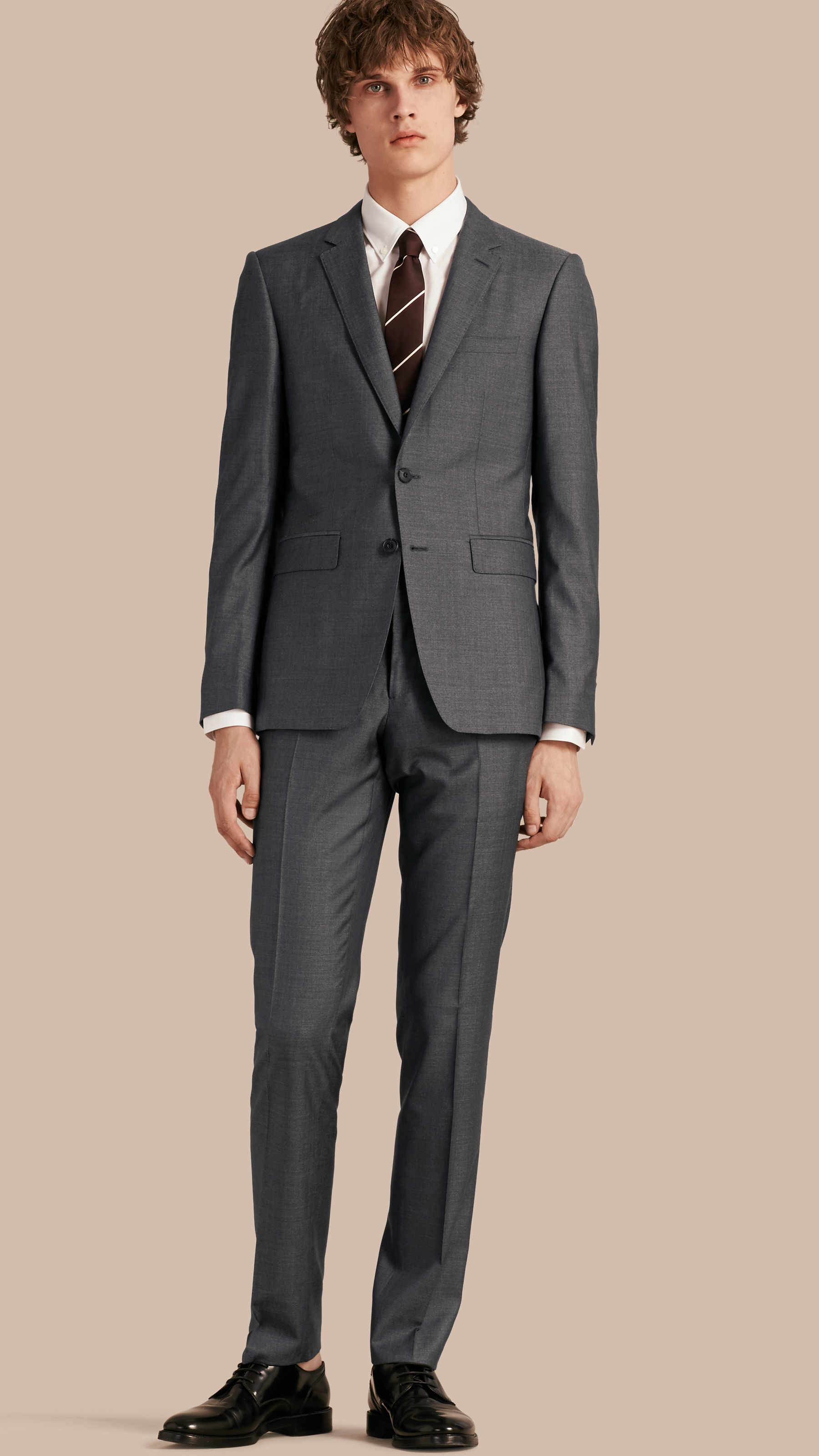 gray silk suit suit la