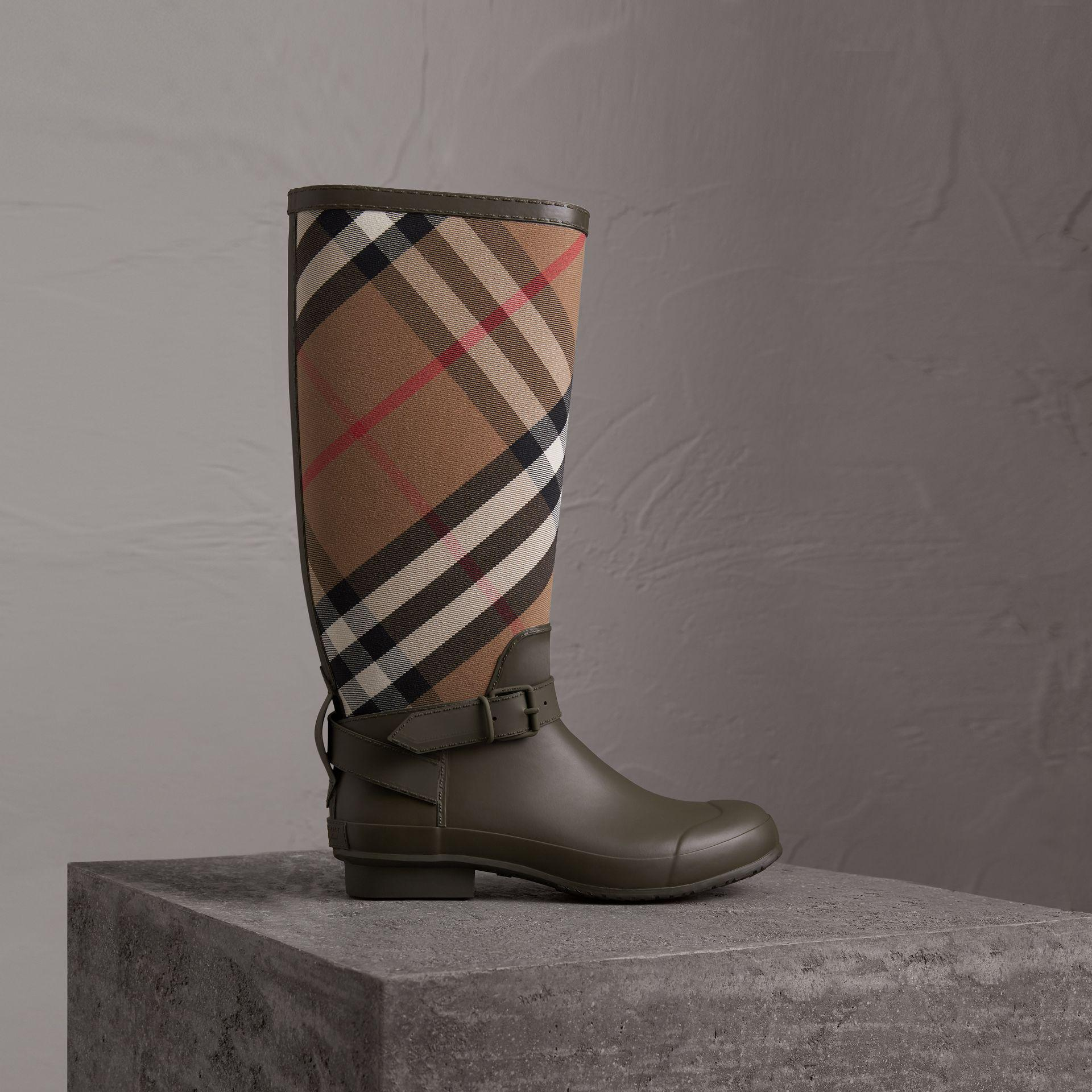 18177929edb3 Lyst - Burberry Belt Detail House Check And Rubber Rain Boots