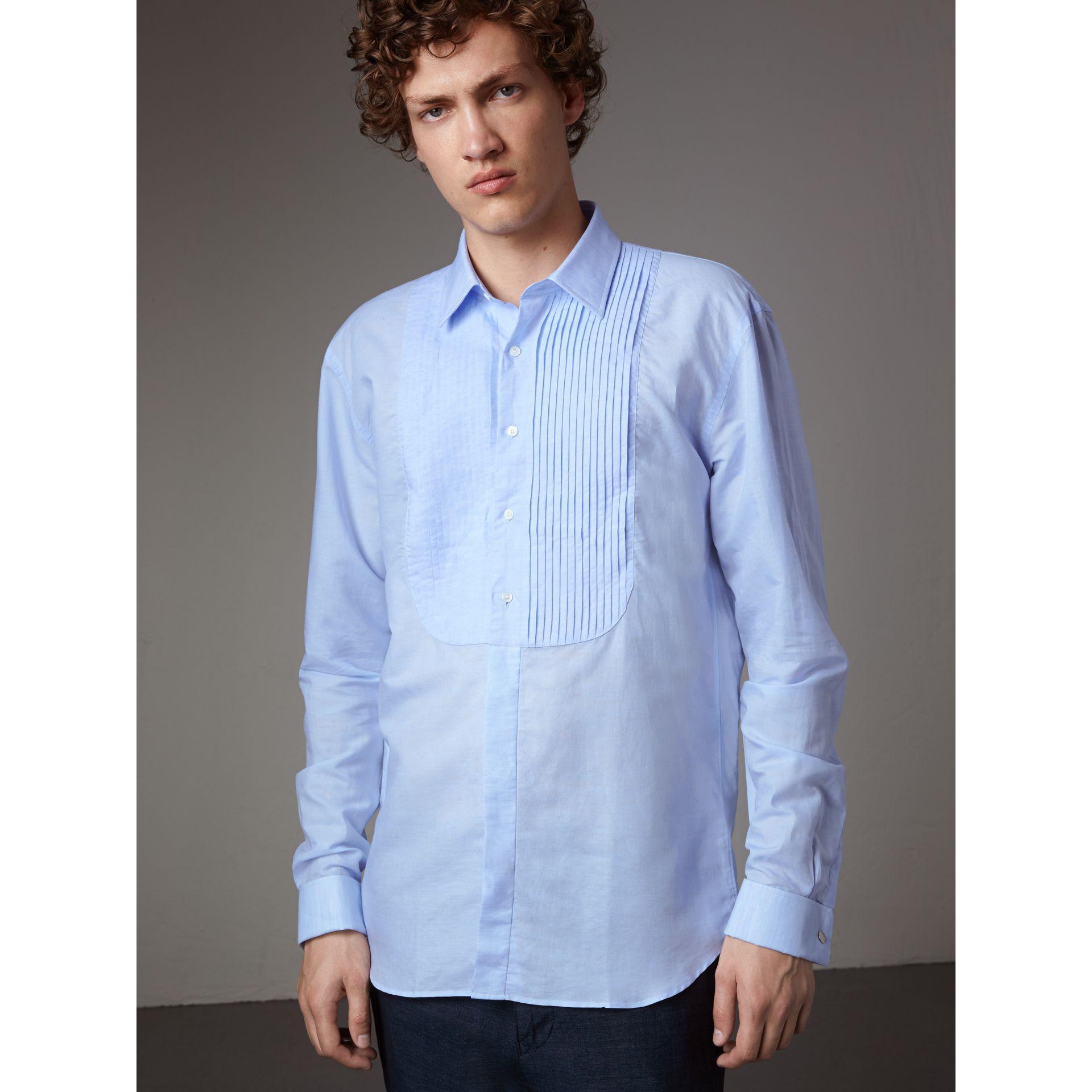 Lyst burberry modern fit linen cotton dress shirt pale for Modern fit dress shirt