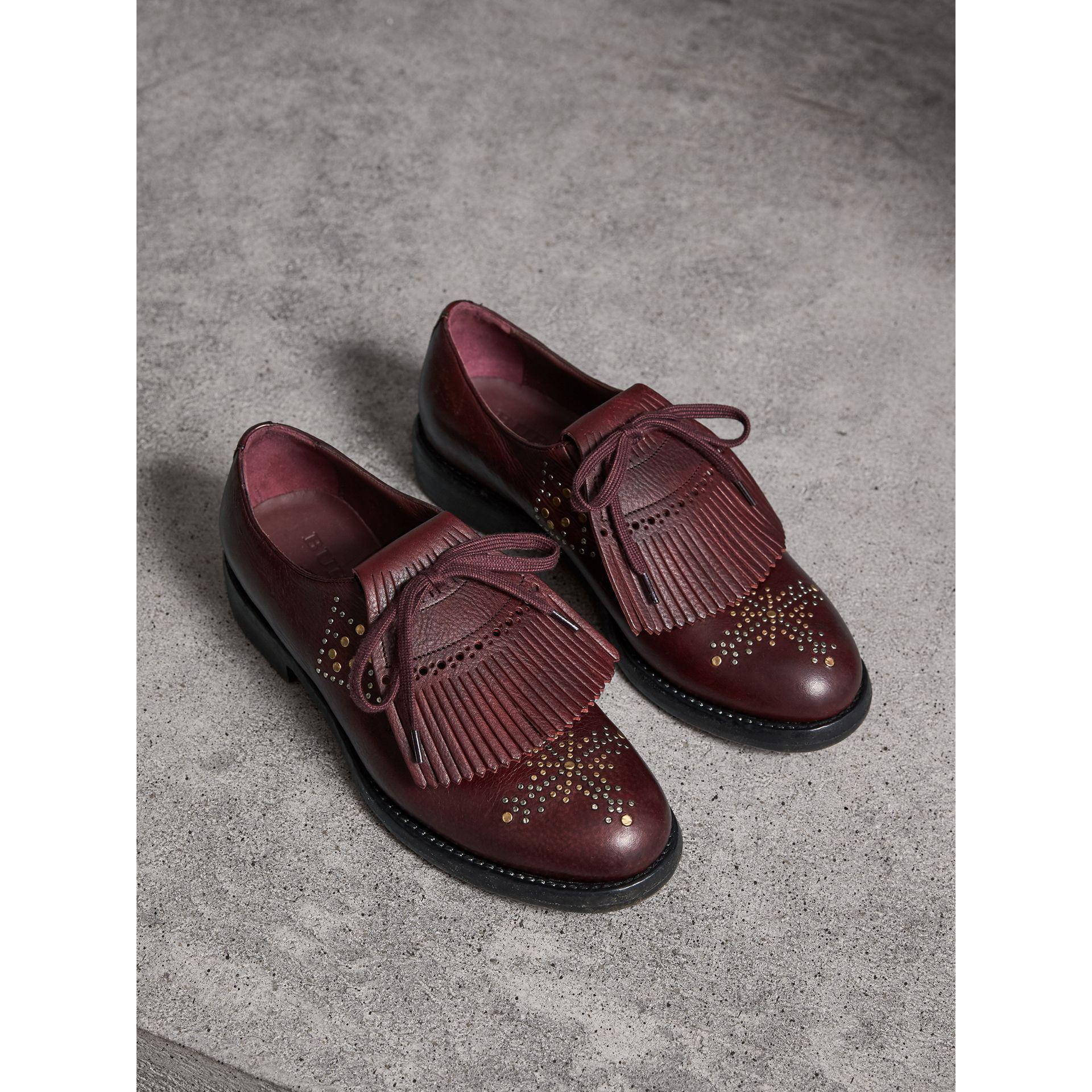 b3fcb5f65f03 Lyst - Burberry Lace-up Kiltie Fringe Riveted Leather Loafers