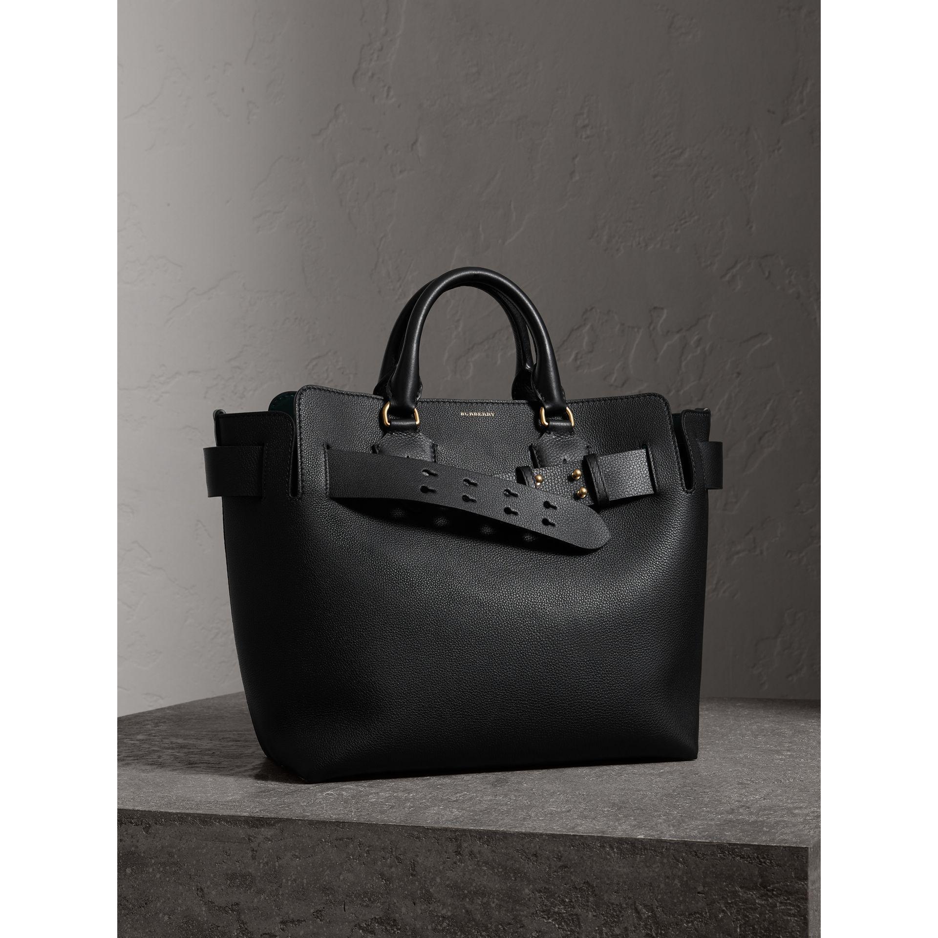 21b7bd3b7dde Lyst - Burberry The Medium Leather Belt Bag in Black