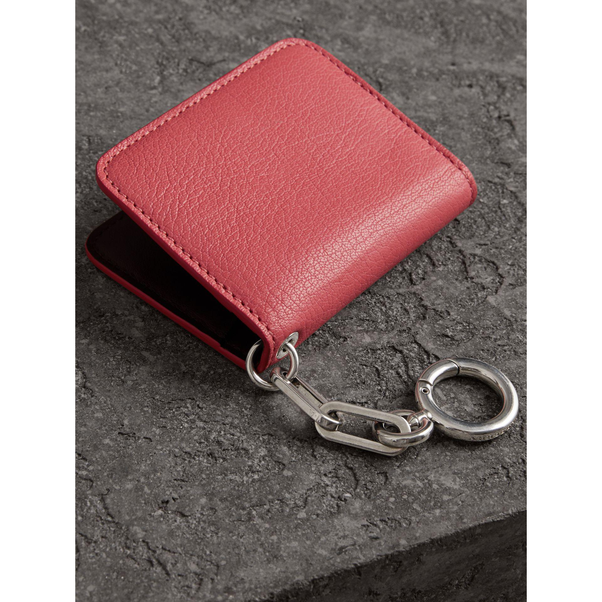 Link Detail Leather ID Card Case Charm - Pink & Purple Burberry 8YV30d
