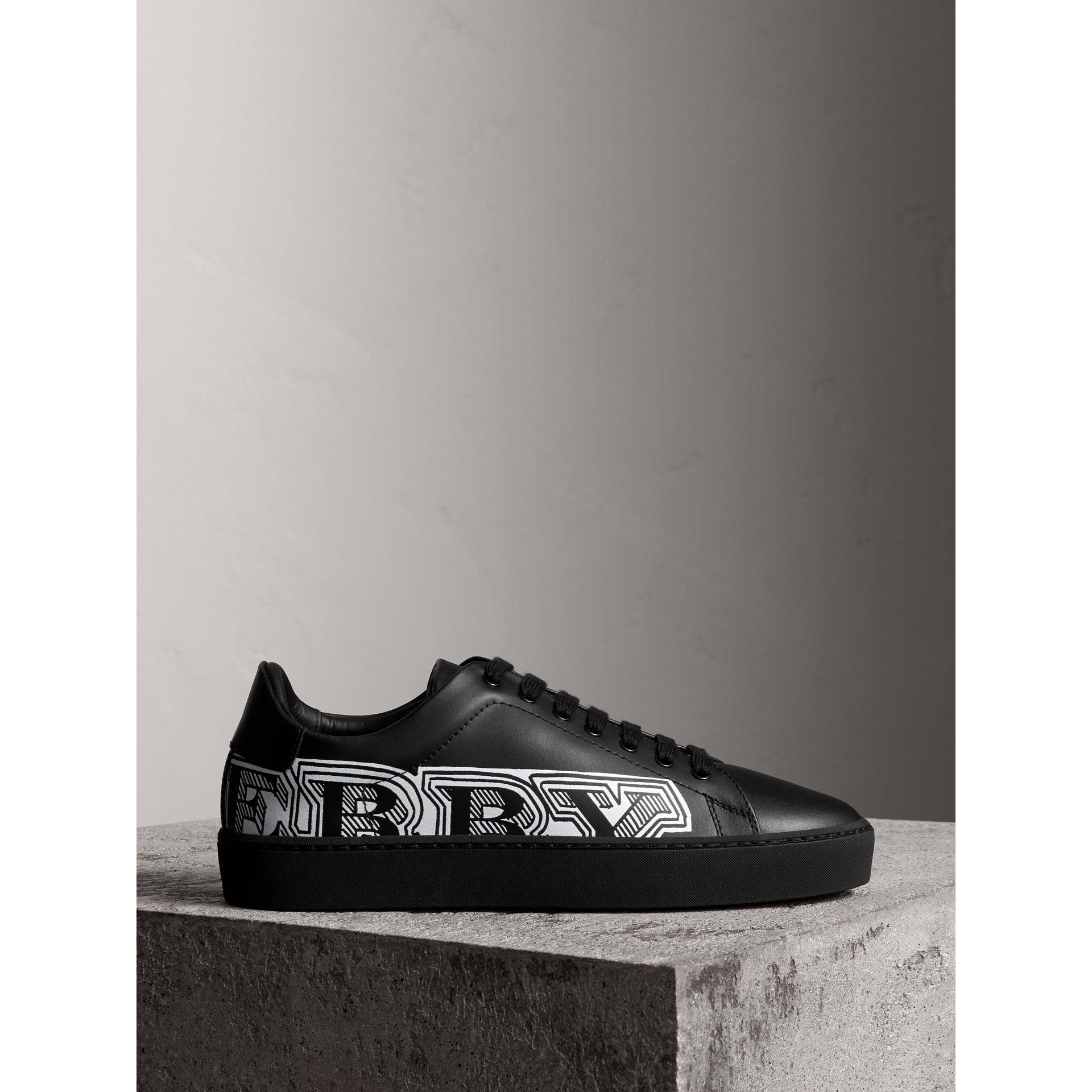 Logo Print Leather Sneakers - Black Burberry yPjaWbBec
