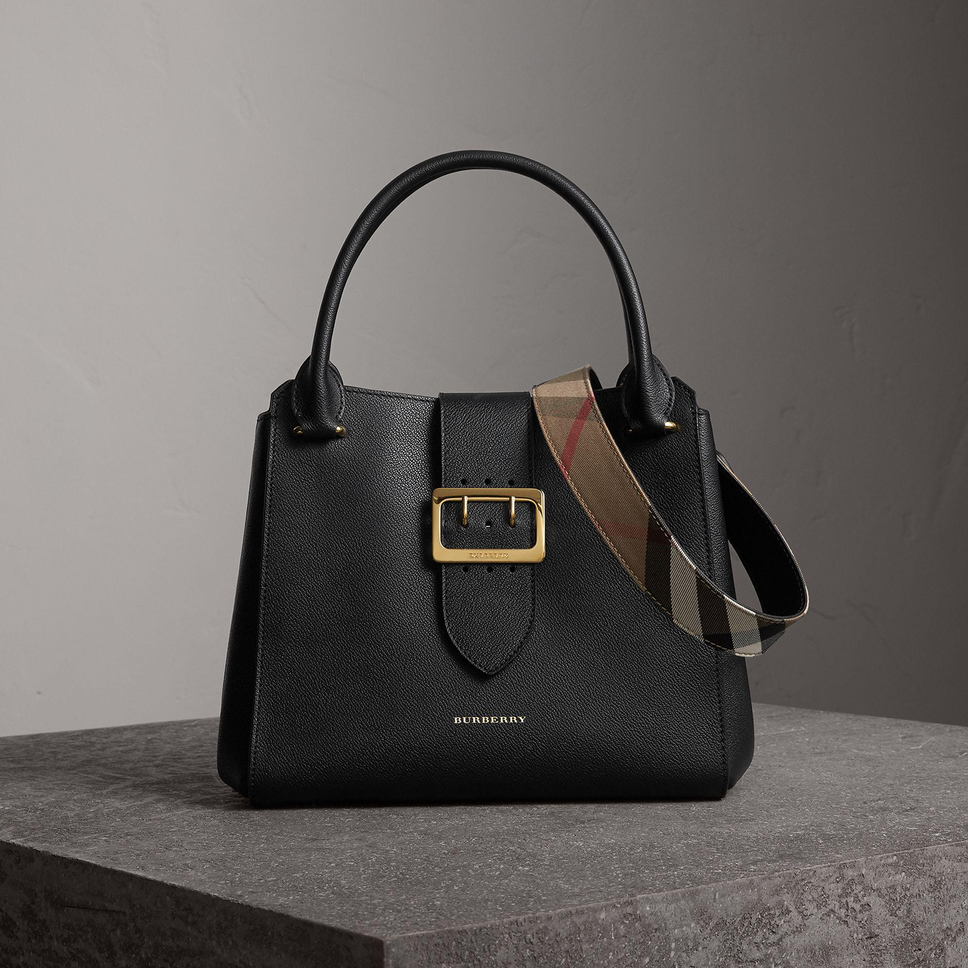 d73670c5bb51 Lyst - Burberry The Medium Buckle Tote In Grainy Leather Black in Black