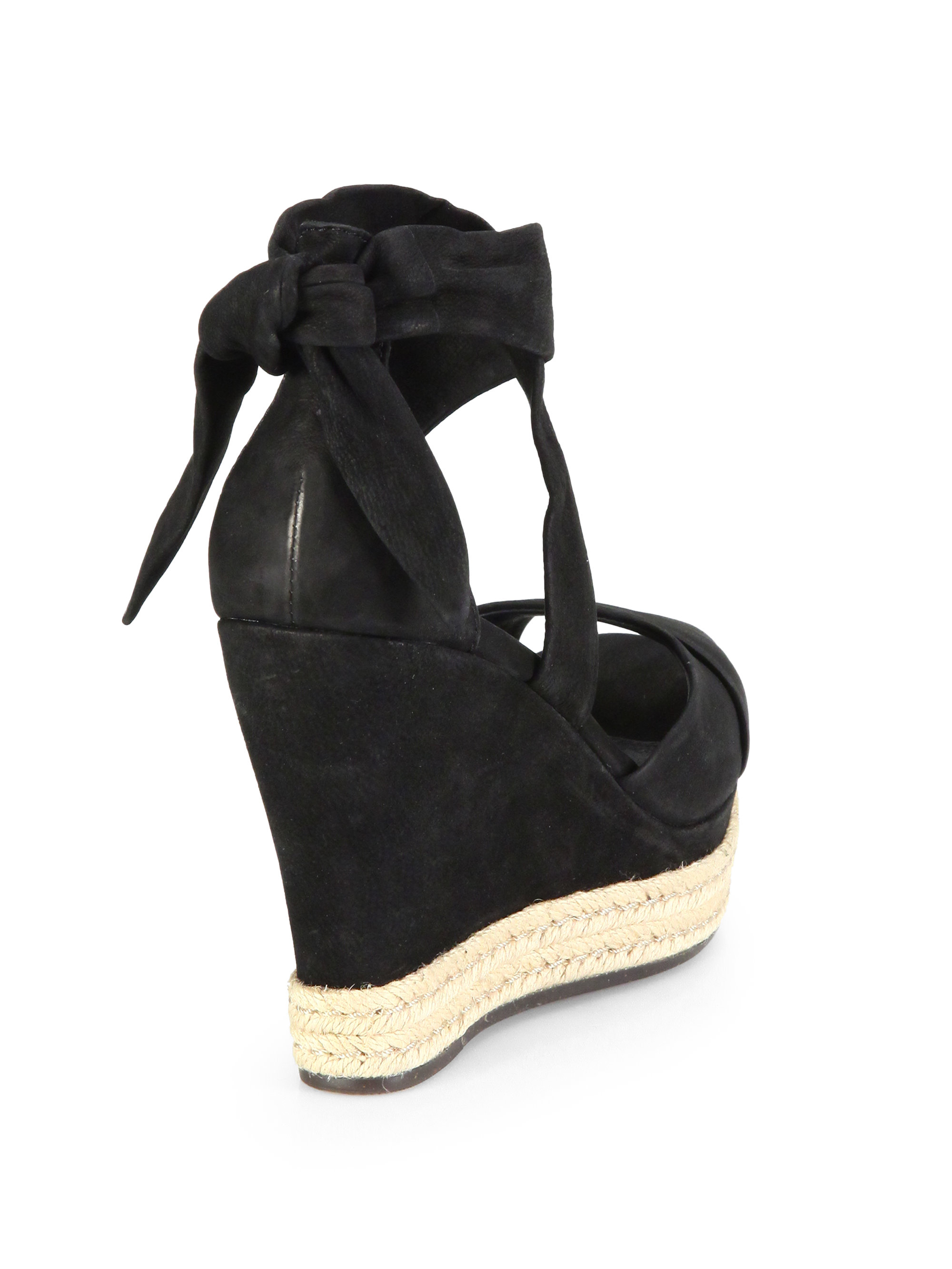 black wedge uggs