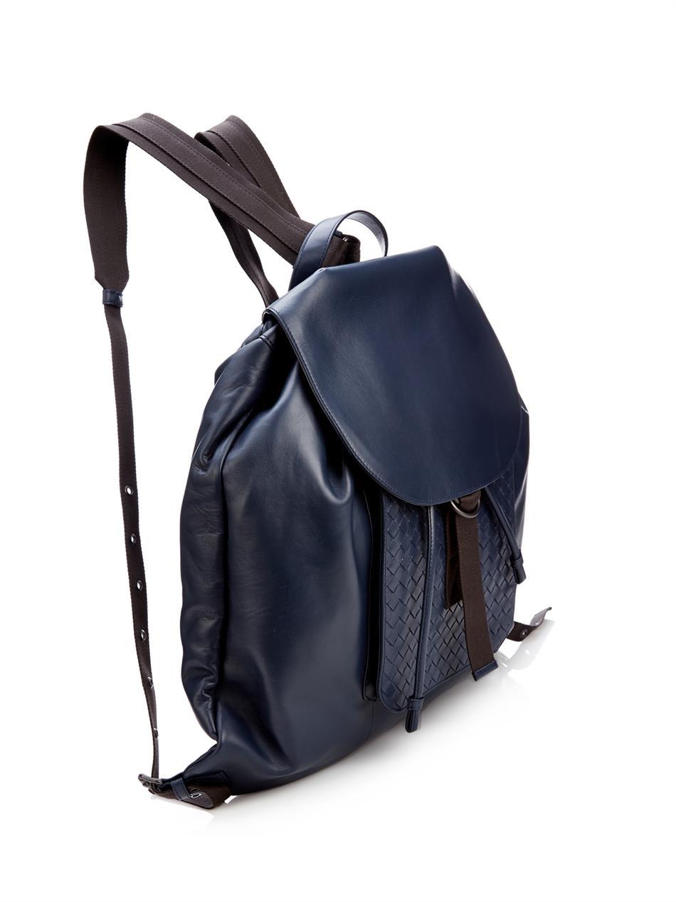 fdd096d891 Bottega Veneta Intrecciato Leather Backpack in Blue for Men - Lyst