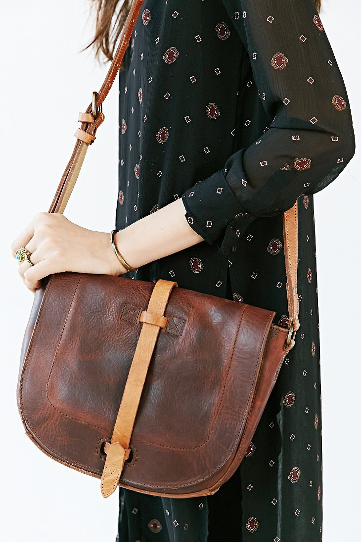 Gallery Previously Sold At Urban Outers Women S Saddle Bags Leather