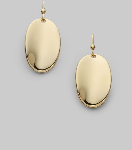 886030c58 Find the perfect Roberto Coin earrings for any occassion at Borsheims.
