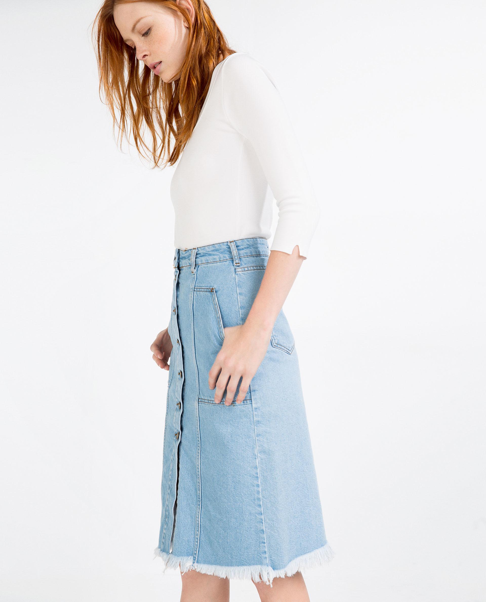 zara denim skirt with buttons in blue lyst