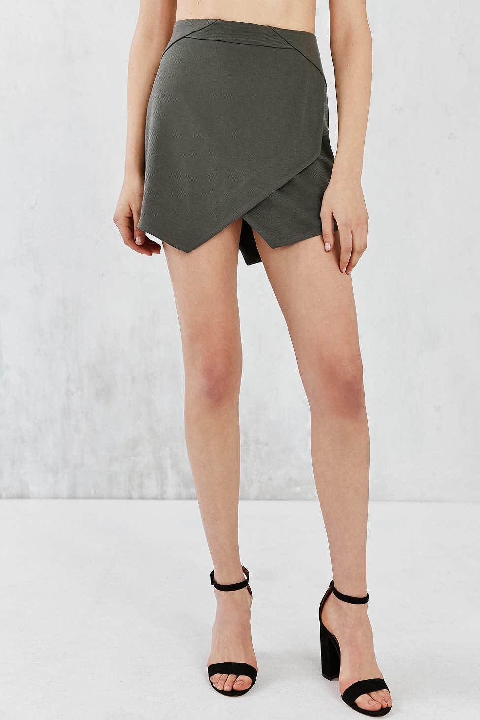 922cec87cb Jack BB Dakota Ponte D'oro Mini Skirt in Green - Lyst