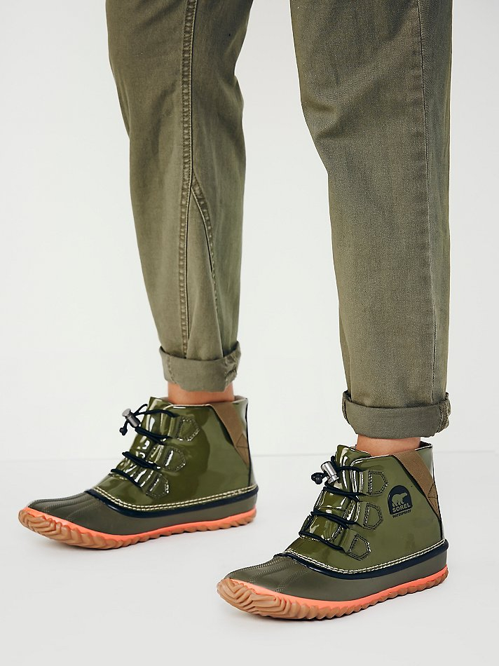 save off 7d95c 18469 Free People Sorel Womens Out N About Glow Weather Boot in Green - Lyst