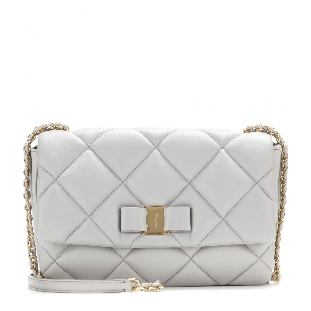 1d917534cea4 Ferragamo Gelly Quilted Leather Shoulder Bag in White - Lyst