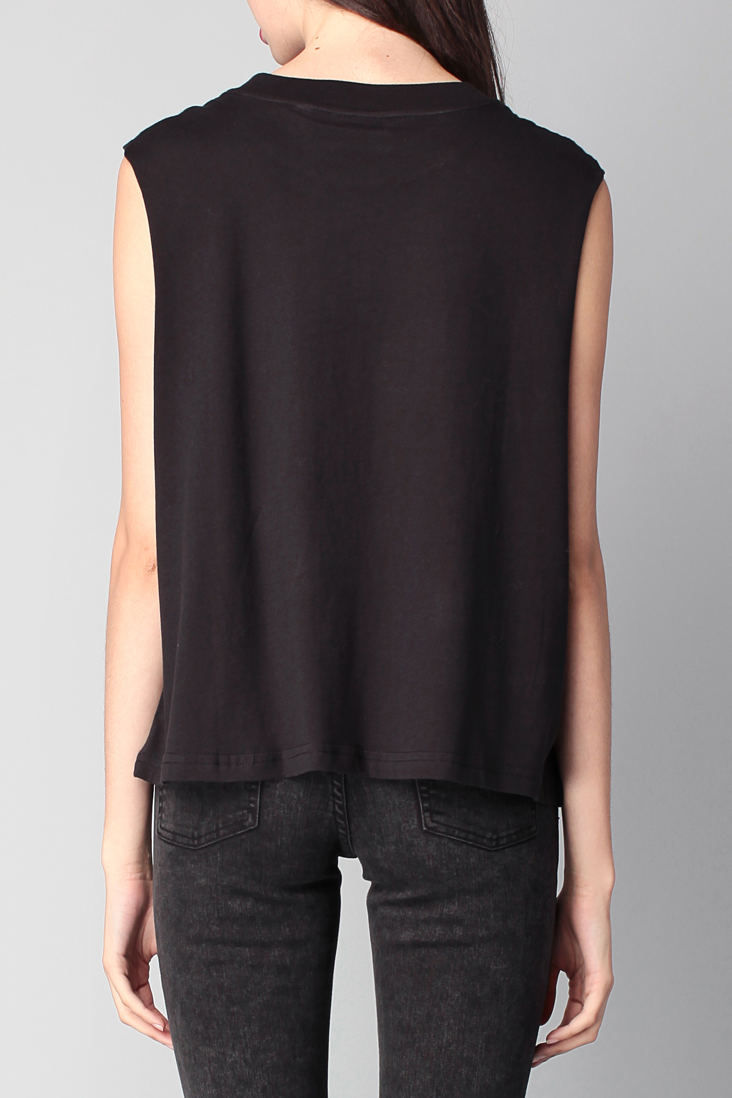 oldsmobileclub.ga has vast collection of stylish women's tunic tops to accent your unique style. Check out the variety of tunics and designer tunic tops. These tunic tops are unique and very trendy. Buy women's designer tunic tops at really affordable price.