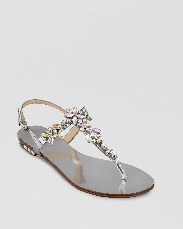9041c0bab Lyst - Ivanka Trump Thong Sandals Faye in Metallic