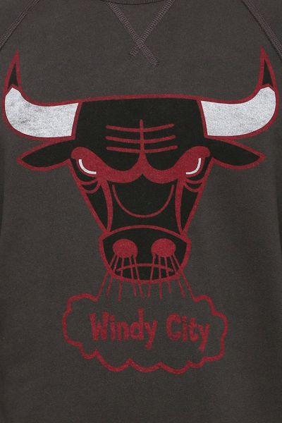 junk food chicago bulls pullover sweatshirt in black for. Black Bedroom Furniture Sets. Home Design Ideas