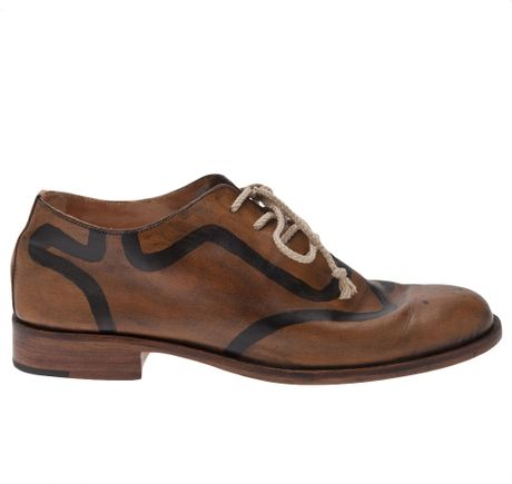Esquivel Hand Painted Wingtip Shoe in Brown