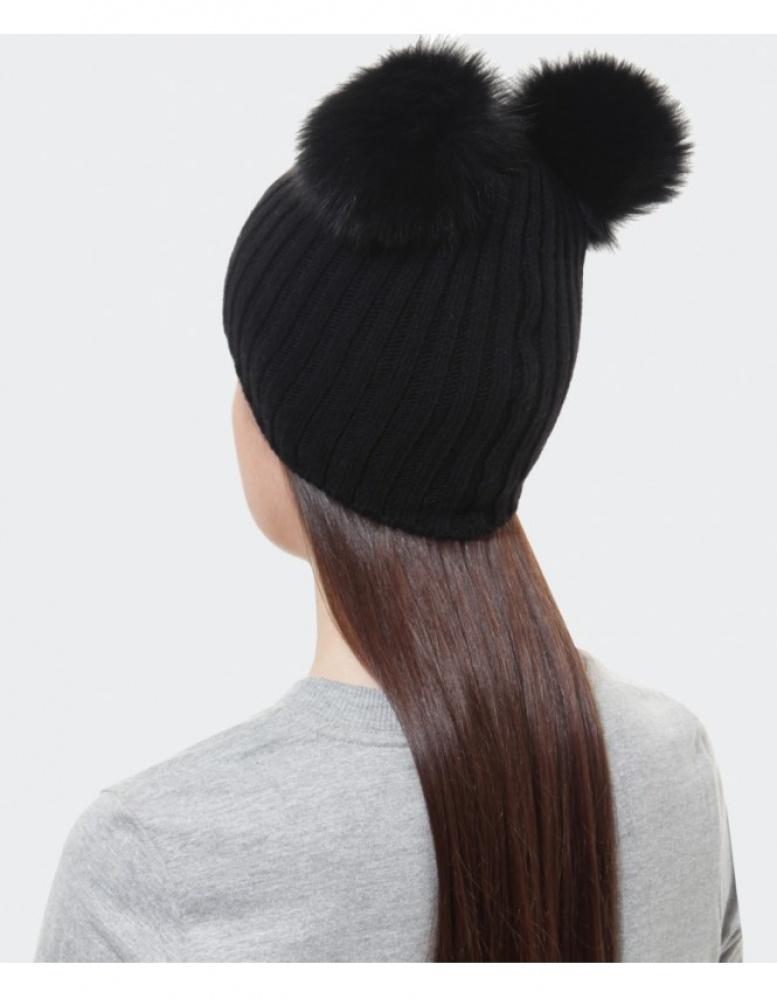 01545d96e4e60 Helene Berman Double Pom Pom Beanie Hat in Black - Lyst