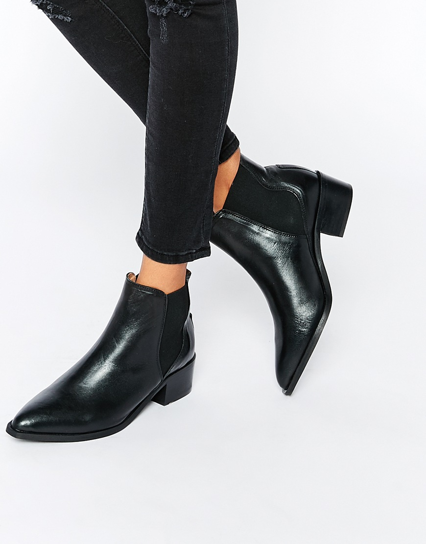 b37a2f5cf9c SELECTED Femme Elena Black Leather Chelsea Ankle Boots