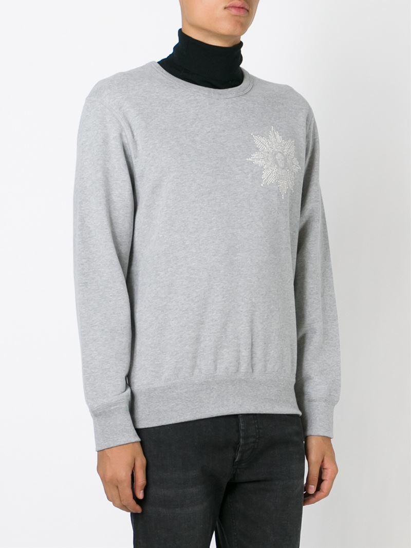 alexander mcqueen skull badge sweatshirt in gray for men lyst. Black Bedroom Furniture Sets. Home Design Ideas