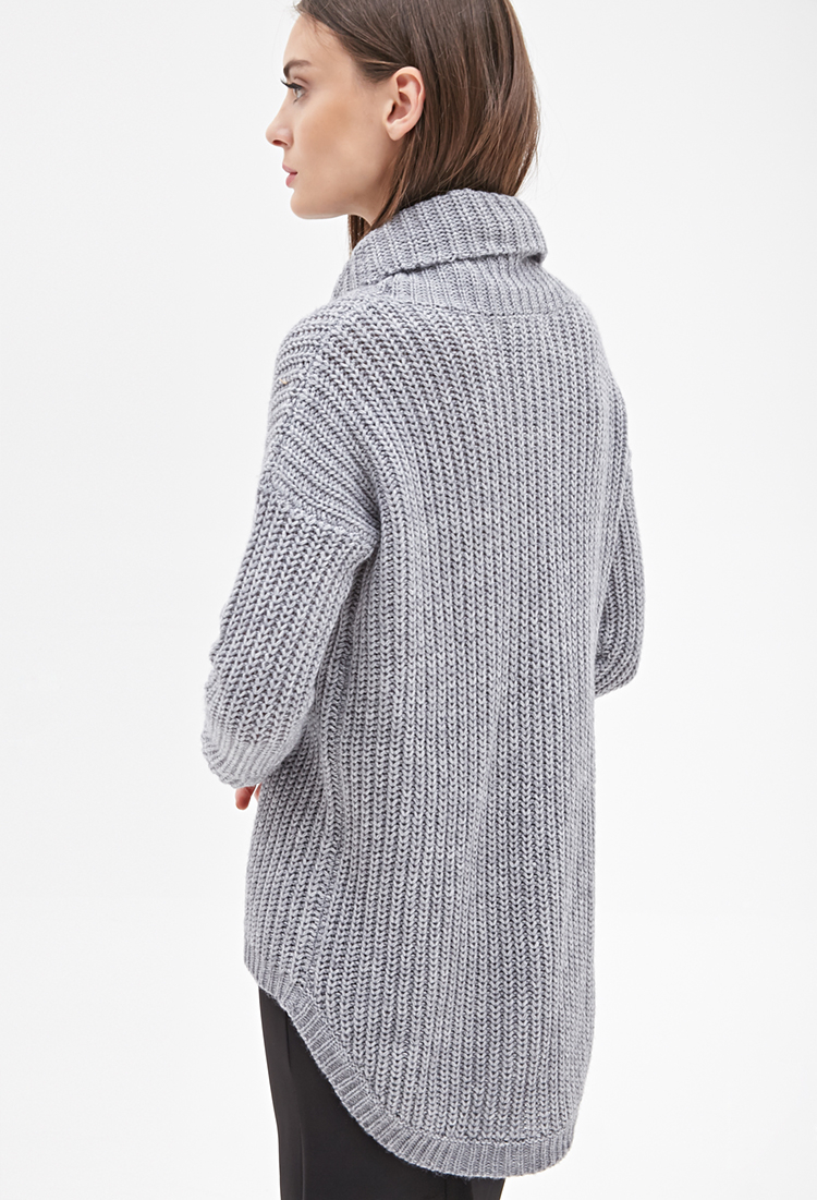 Forever 21 Oversized Turtleneck Sweater in Gray | Lyst