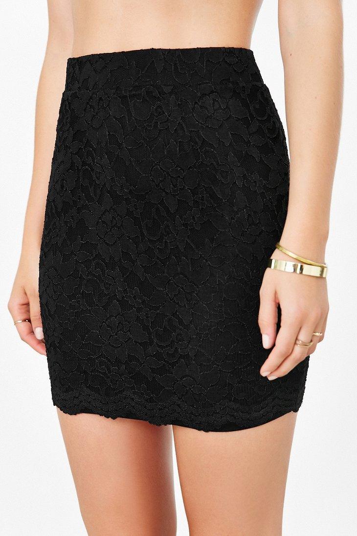 kimchi blue scallop lace mini skirt in black lyst