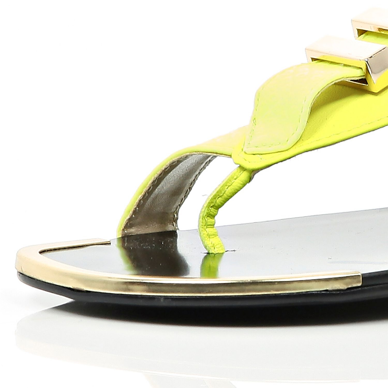 2b18b494dca4 River Island Lime Metal Trim Toe Loop Sandals in Yellow - Lyst