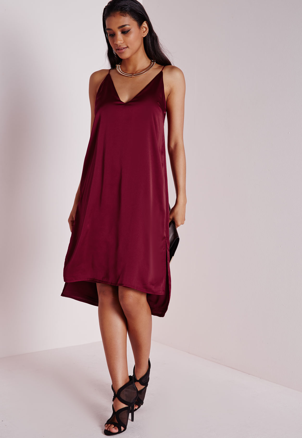 a6a38e3e0e14 Lyst - Missguided Silky Plunge Shift Dress Burgundy in Red