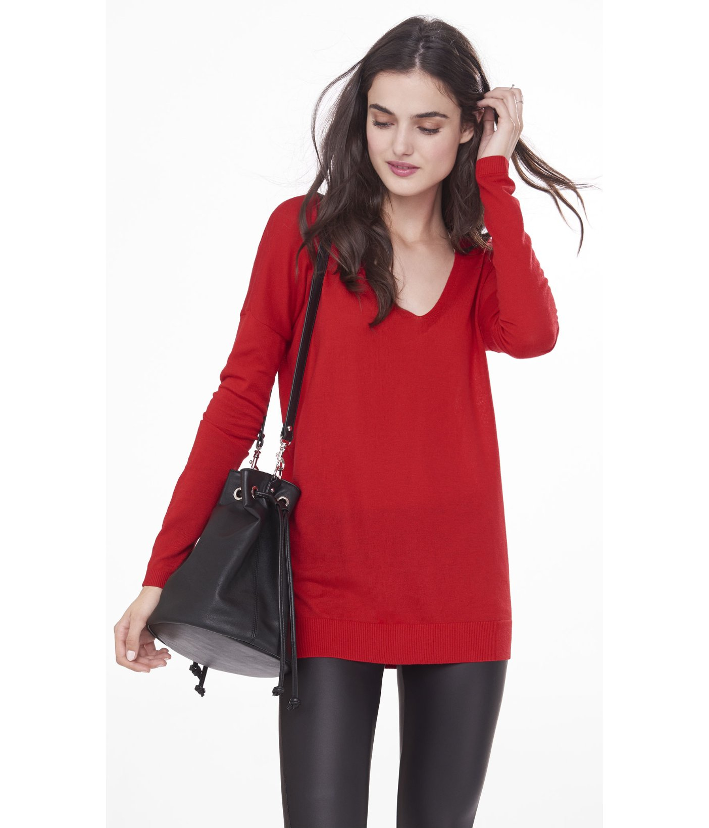 Express Hint Of Cashmere V-neck Wedge Tunic Sweater in Red | Lyst