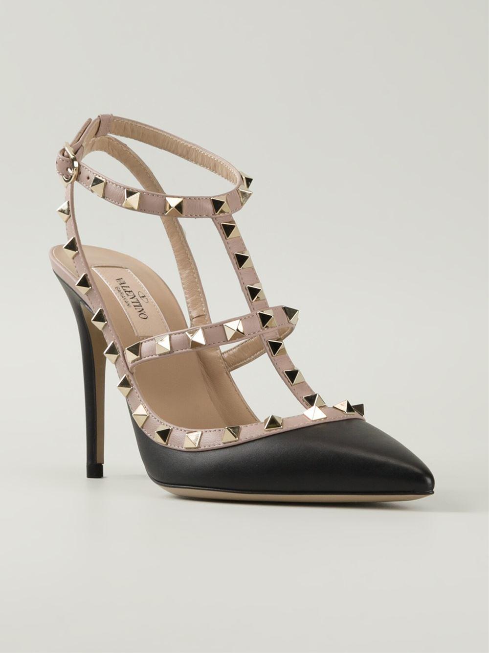 lyst valentino 39 rockstud 39 pump shoes in black. Black Bedroom Furniture Sets. Home Design Ideas