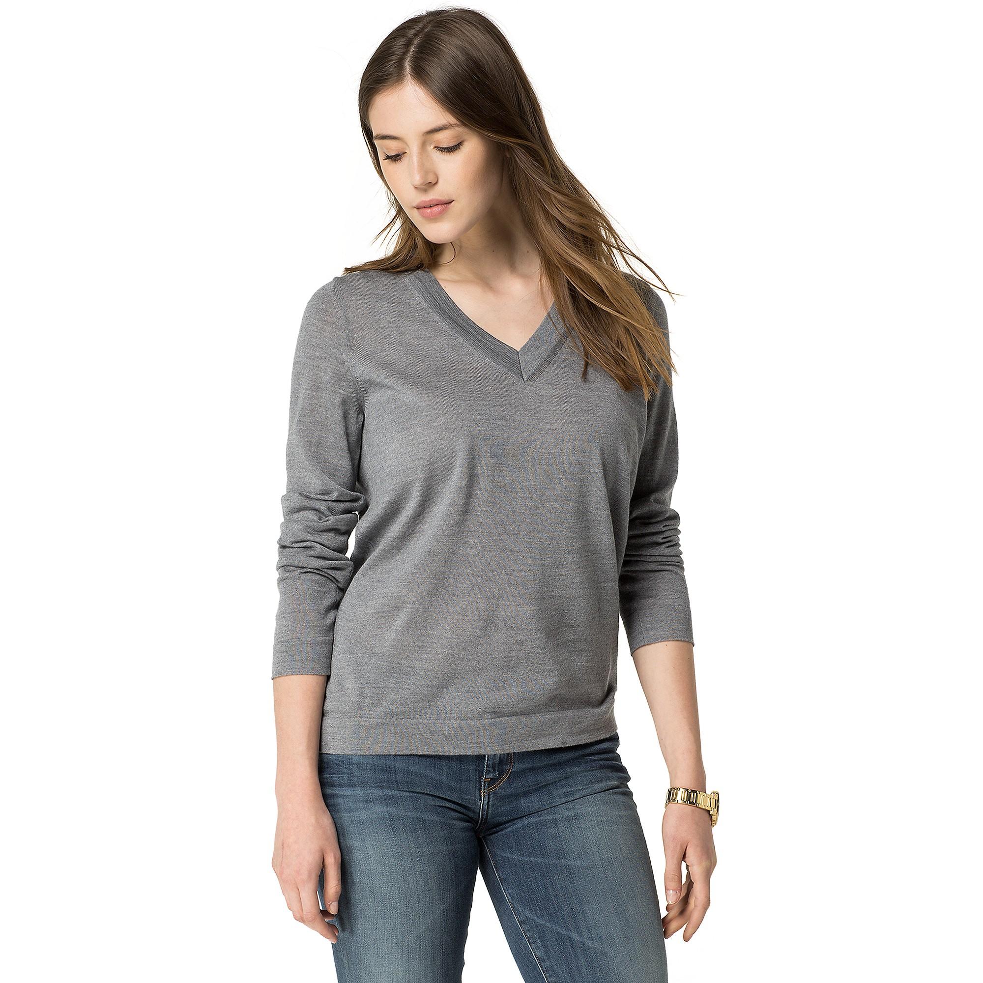 tommy hilfiger classic wool v neck sweater in gray medium. Black Bedroom Furniture Sets. Home Design Ideas