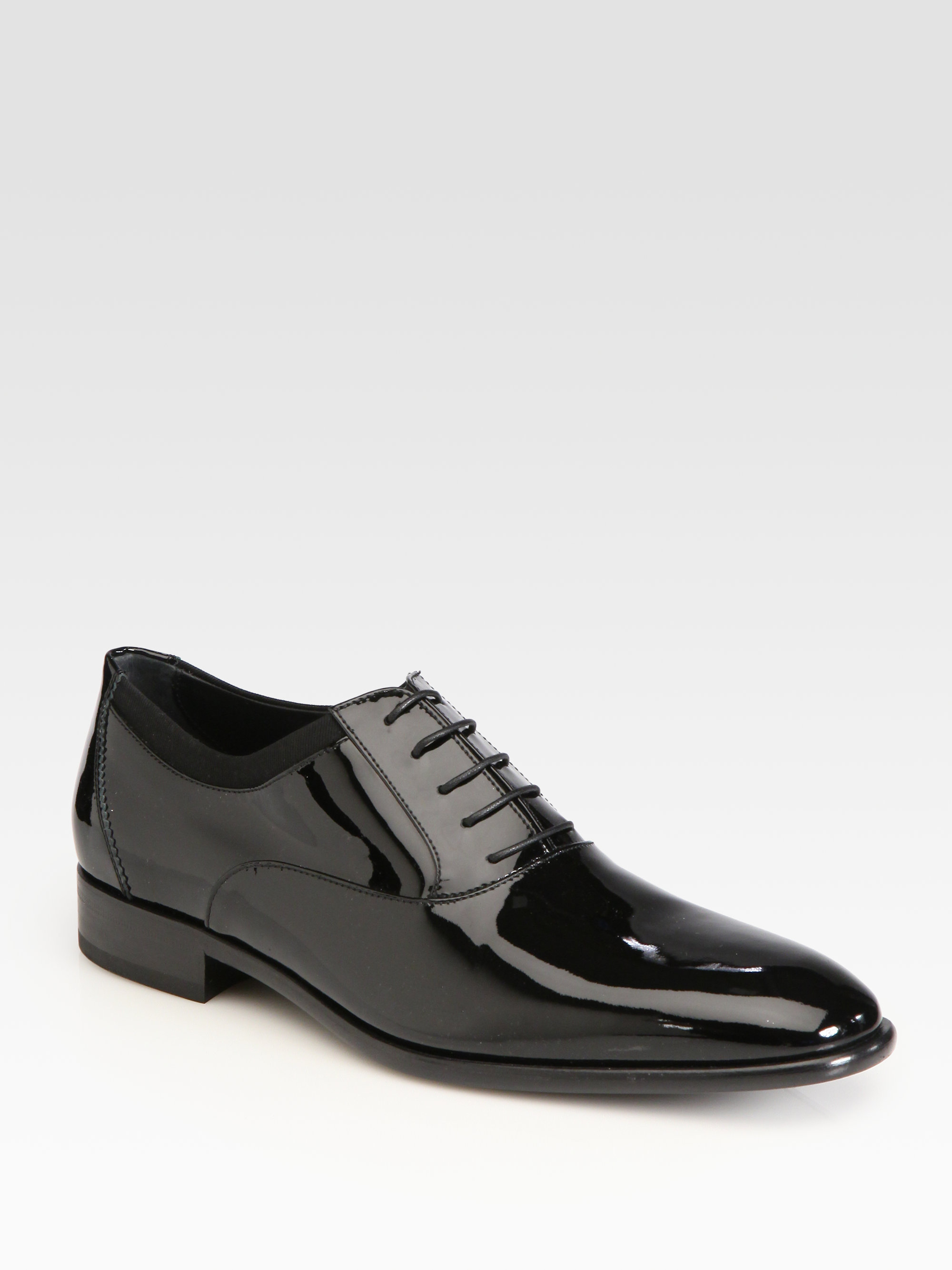 ferragamo aiden patent leather lace up shoes in black for