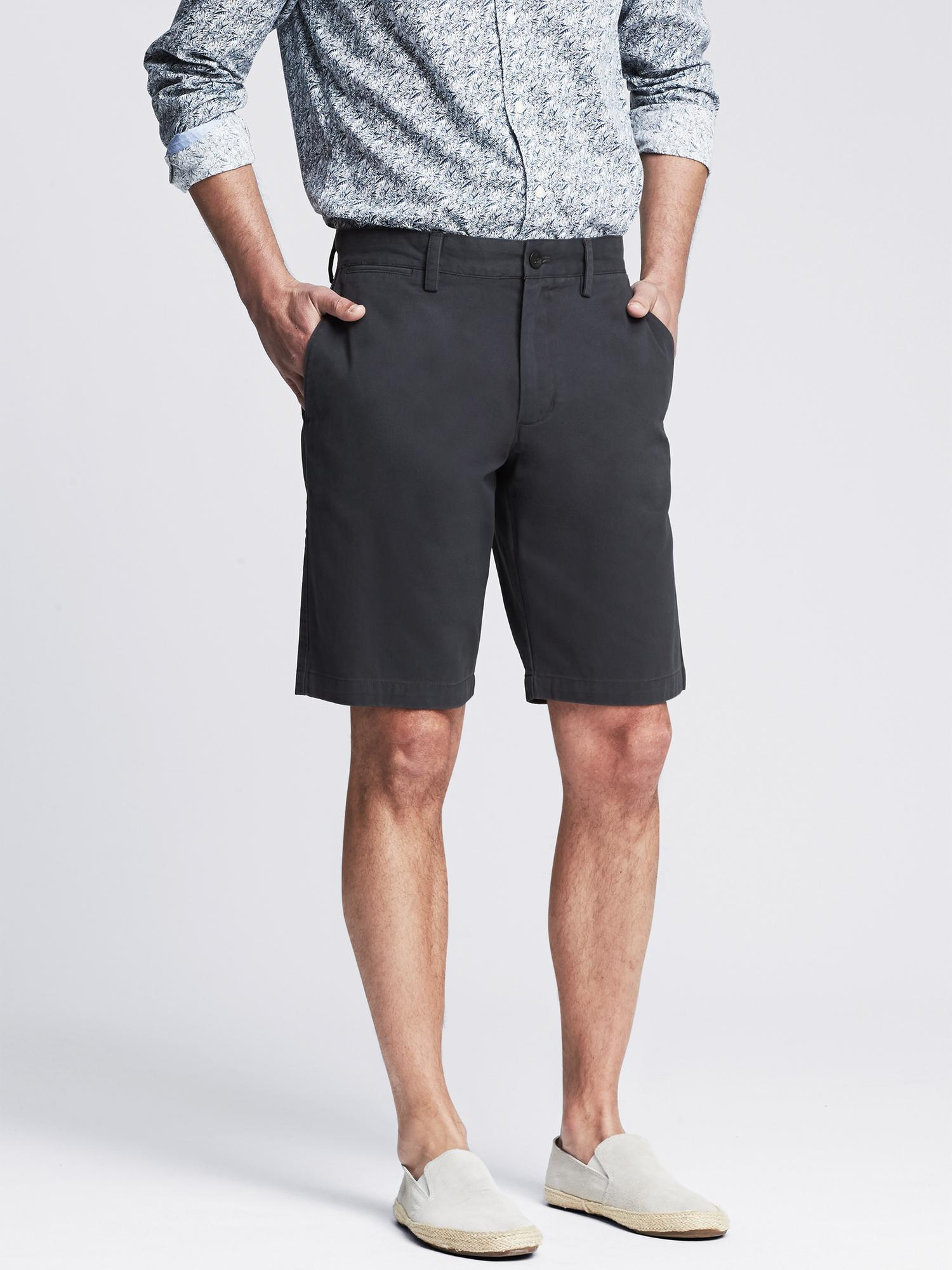 Discover fresh styles of classic men's shorts at Banana Republic. Find everything from our go-to slim fitting shorts for men to casual shorts in tailored style.