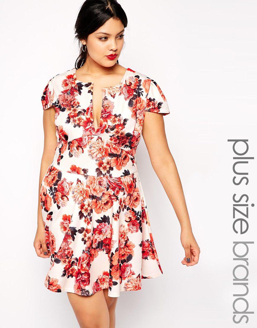 Plus Size Plunge Neck Scuba Skater Dress In Floral Print
