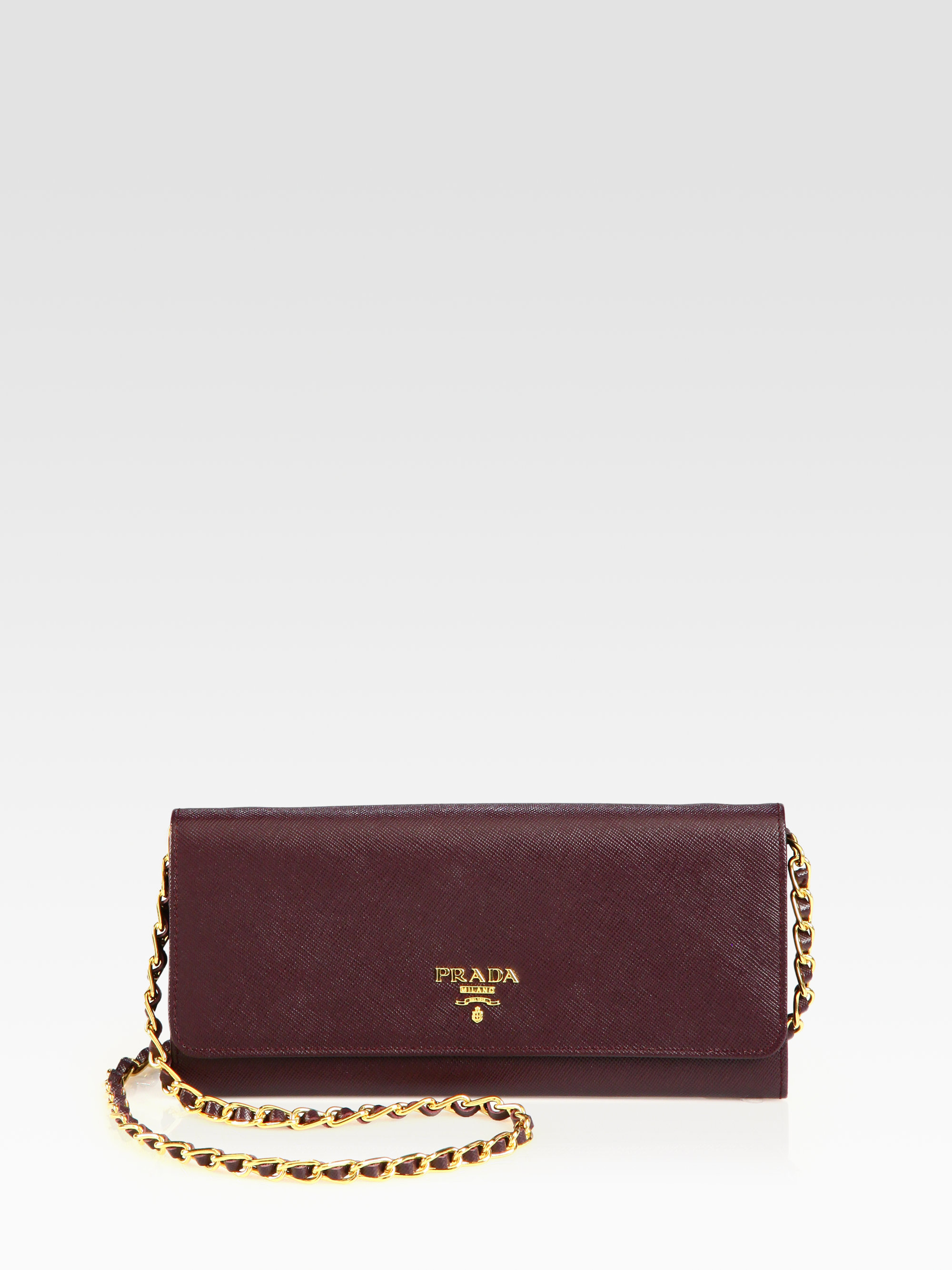 Prada Saffiano Metal Oro Chain Wallet in Purple (BORDEAUX-BURGUNDY ...