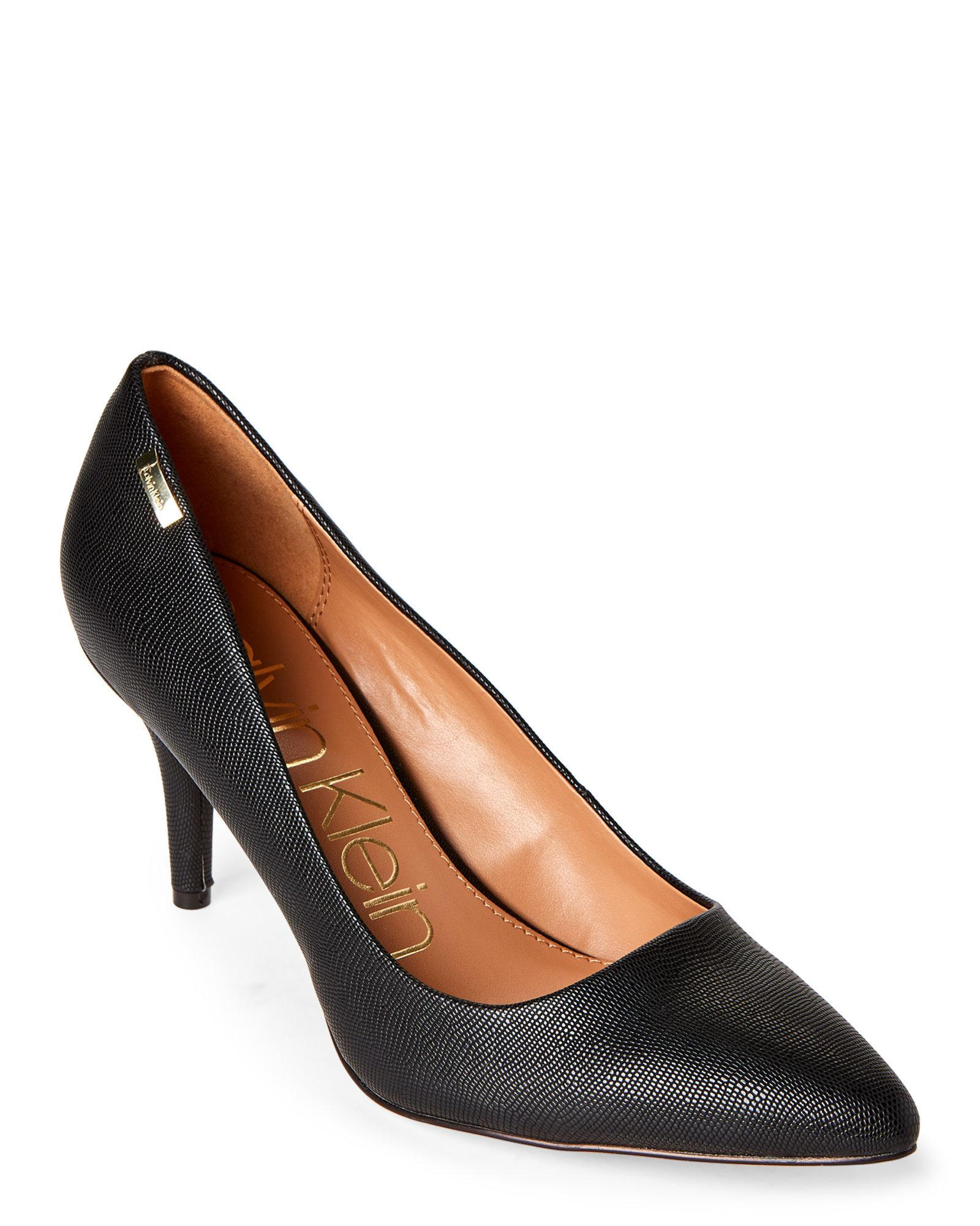 e81a9ffccc09 CALVIN KLEIN 205W39NYC Black Kylie Lizard-embossed Pointed Toe Pumps ...