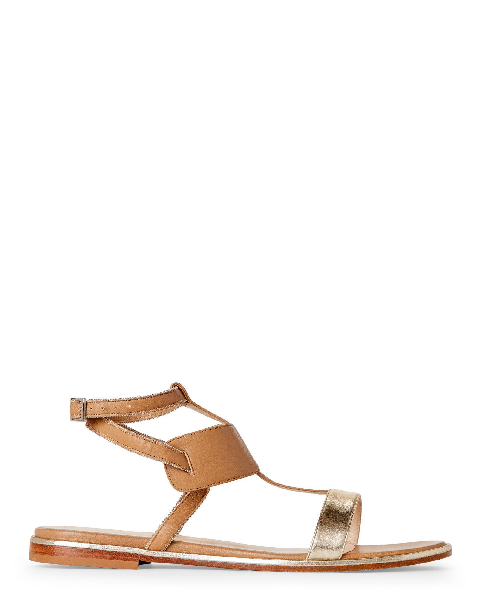 8d3235aa6c90 Lyst - Fabiana Filippi Natural   Gold Leather T-strap Flat Sandals