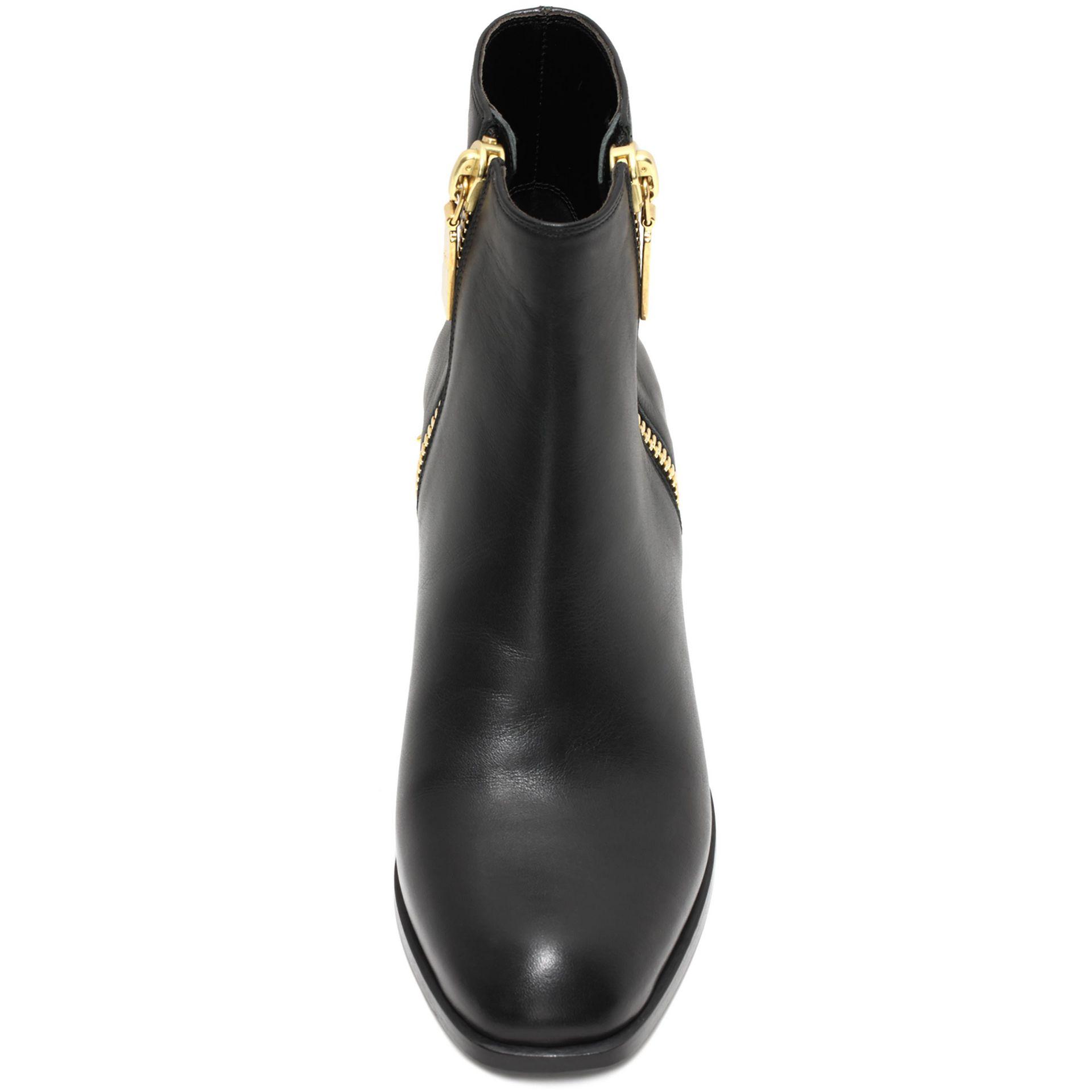 Alexander McQueen Metal Counter Ankle Boot in Black