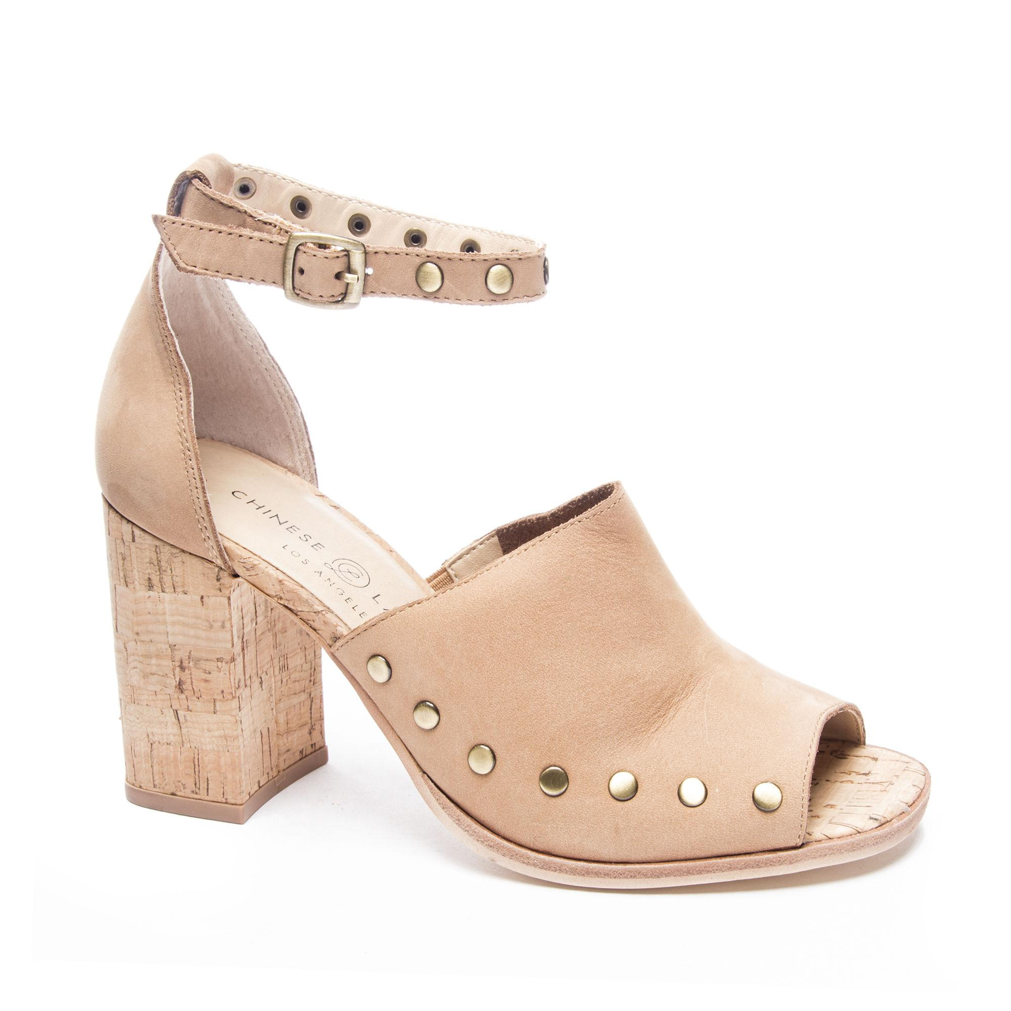 de2f4e65742 Lyst - Chinese Laundry Savana Block Heel Sandal in Natural