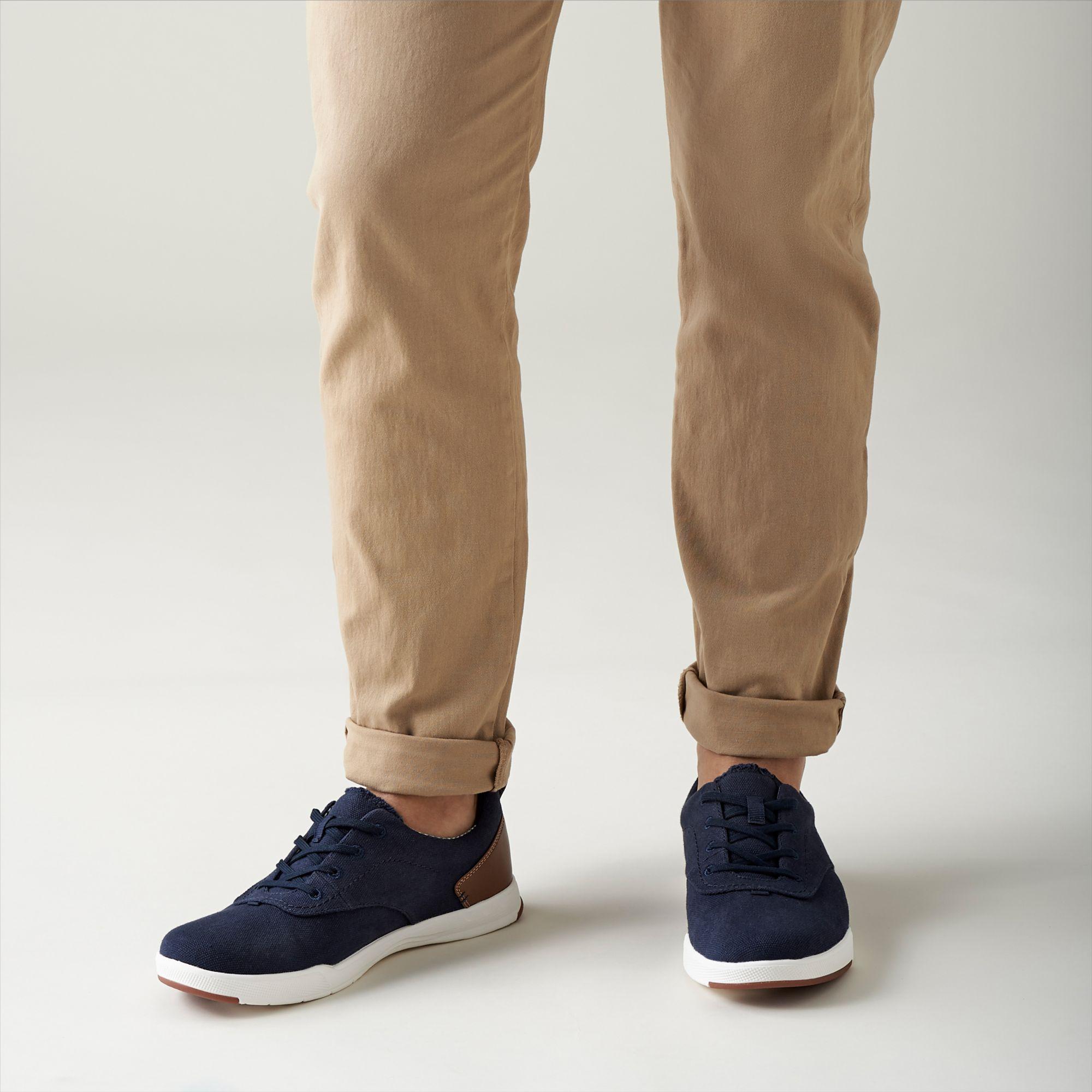 Clarks Mens Step Isle Crew Sneaker
