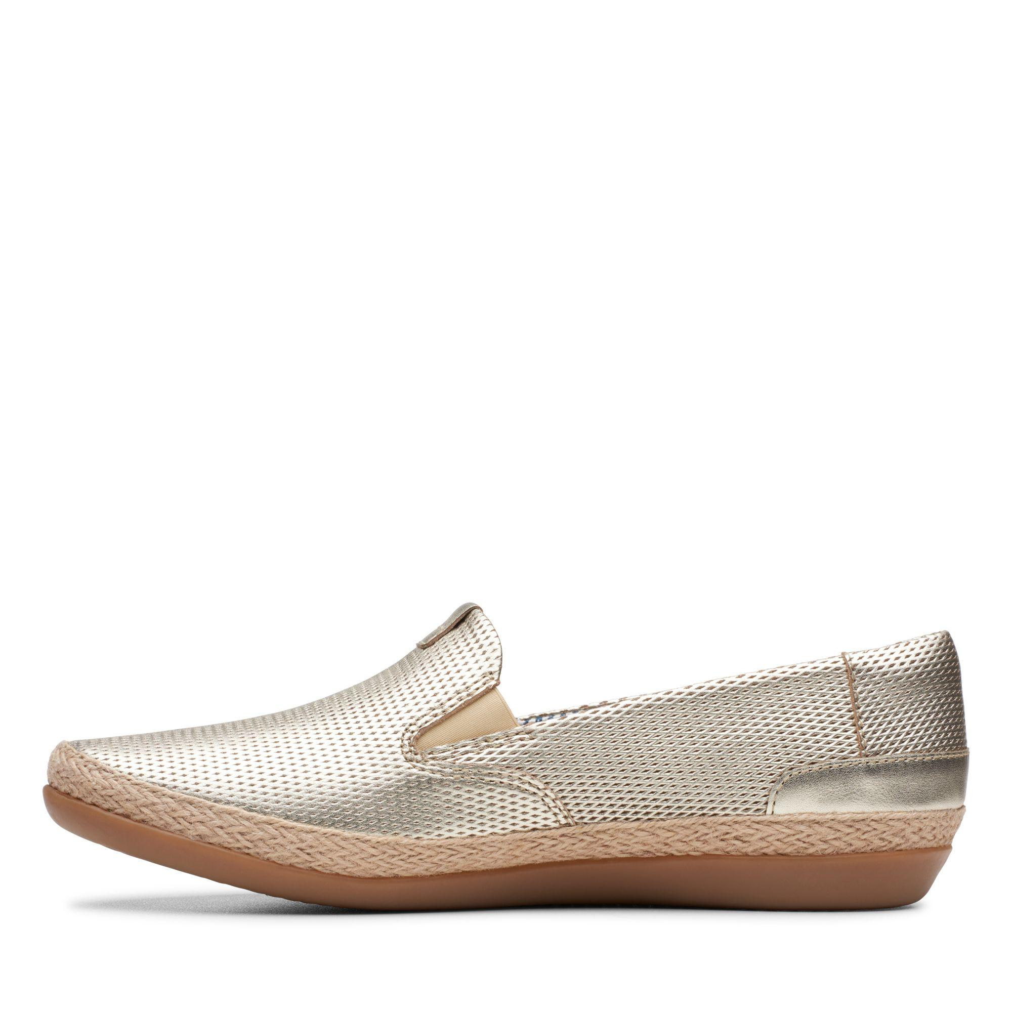 Clarks Danelly Iris in Champagne